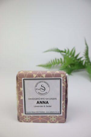 Anna, Lavendel, Zeder, Atlaszeder, warm, balsamisch, Naturseife, Seife, Hände, Altaszeder, Zeder, Lavendel, Anna