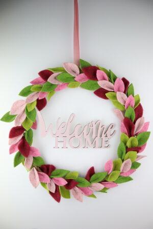 rosa, fuchsie, willkommen, welcome home, Kranz, Türkranz, Blätterkranz, Filzkranz, Filz, rund, Reifen