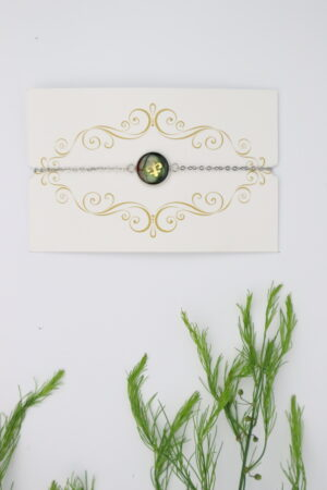 Armkette, Armband, Armschmuck, Schmuck, Handmade, handgefertigt, zart, filigran, federleicht, edelstahl, nickelfrei, hypoallergen, grün, moos, moosgrün, dunkelgrün, ornament, weihnachten, gold, deko, zier, zierde,
