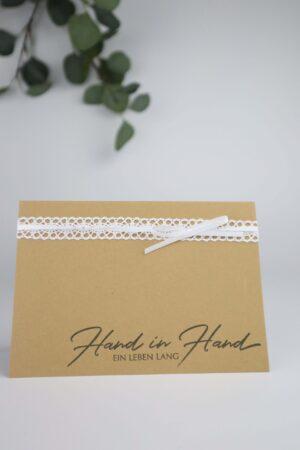 Heirat, Hochzeit, Ehe, braun, weiß, Spitze, Hand, Hand in Hand, ein Leben lang, Glückwunsch, Karte, Grußkarte, Papier