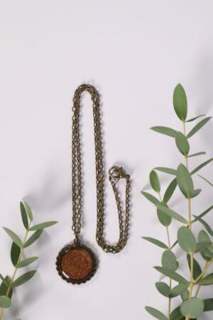 Halskette, Kette, Anhänger, Blume, Dirndl, Trachti, Messing, Blume, Blüte, Floral, braun, kastanie, brown