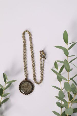 Halskette, Kette, Anhänger, Blume, Dirndl, Trachti, Messing, Blume, Blüte, Floral, grau, hellgrau, anthrazit