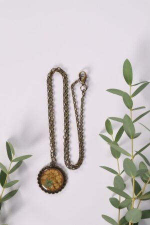Halskette, Kette, Anhänger, Blume, Dirndl, Trachti, Messing, Blume, Blüte, Floral, braun, kastanie, brown, ocker, gold, Blatt